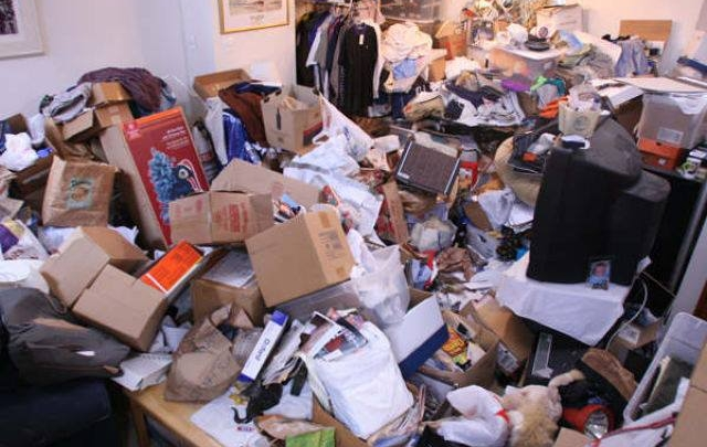 Hoarding vs the Zen of Decluttering